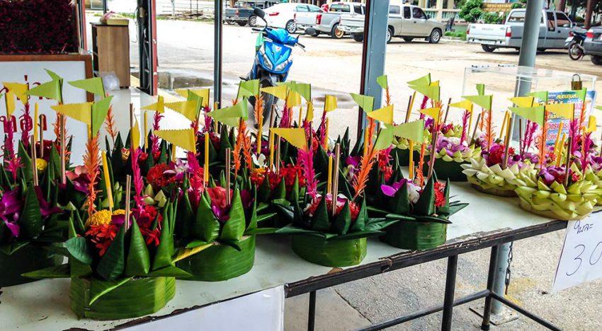 Thailand-loi-krathong1